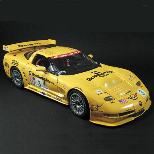 2002 Corvette C5R #3 - Sebring Winner Team
